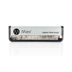 Mies Carbon Fibre Record Brush